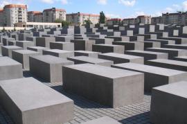 Il Memoriale della Shoah di Berlino (foto di Wikipedia)