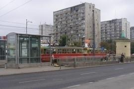 Grigi palazzi dell'architettura comunista a Varsavia