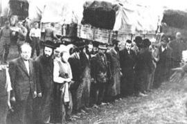 Ebrei durante la deportazione, Ucraina, 1943