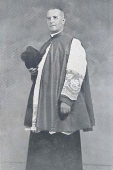 Mons. Oddo Stocco dopo la nomina a monsignore, settembre 1947