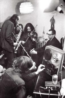 Durante un concerto improvvisato nella residenza di campagna di Václav Havel