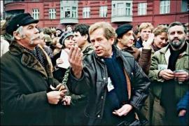 Vaclav Havel con altri firmatari di Charta '77, Rudolf Battěk e Ladislav Lis