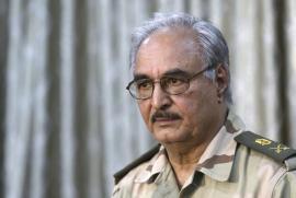 Il Generale libico Khalifa Haftar, sostenuto dall'ONU, con il quale l'Italia sta trattando