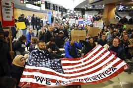 Proteste negli aeroporti americani