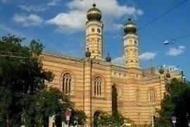 La Sinagoga di Via Doháni, nel quartiere ebraico di Budapest