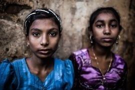 Ragazze rohingya nel 'ghetto' musulmano di Sittwe, Stato Rakhine, Myanmar.