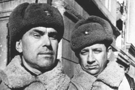 Il Maggiore Gen. Ivan Burmakov e il Lt. Col. Leonid Vinokur, due dei militari russi intervistati