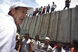 Don Alejandro Solalinde con i migranti