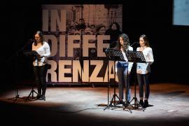 Gli studenti del corso di teatro del liceo G.B. Grassi di Saronno (VA)