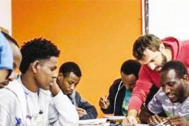 Un'immagine di un percorso di formazione professionale per migranti
