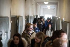 Gli studenti tedeschi in visita al lager di Sachsenhausen