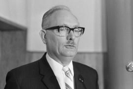 Johan Van Hulst nel 1969