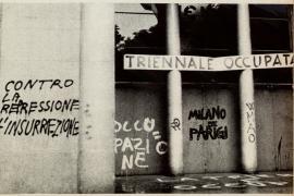 L'ingresso del Palazzo della Triennale a Milano nel maggio del 1968