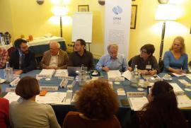 Sessione di apertura, da sinistra: Lamberto Bertolè, Janiki Cingoli, Claudio Paravati, Bruno Marasà