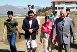 Malala è tornata a visitare il Pakistan con il padre