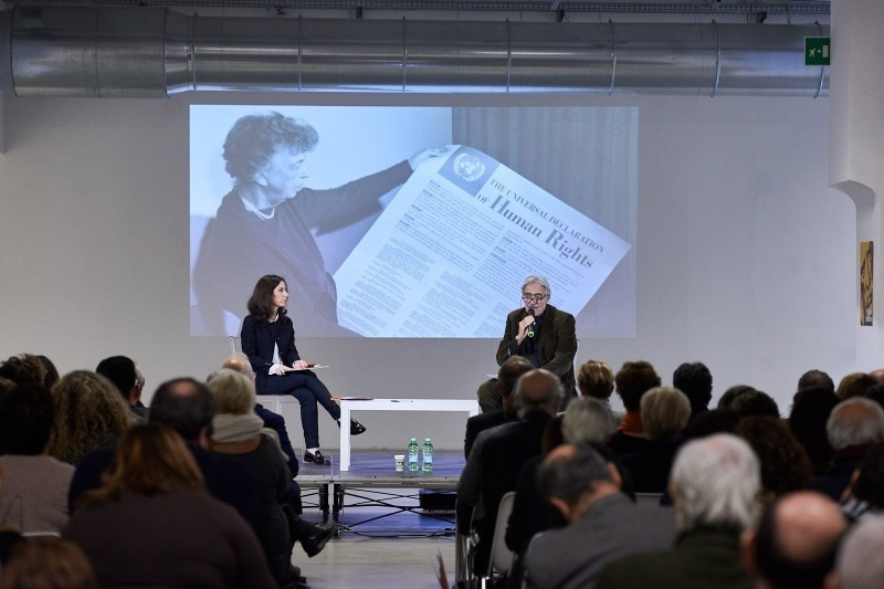 Marcello Flores ai Frigoriferi Milanesi durante l'incontro di GariwoNetwork