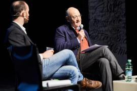 Gabriele Nissim durante la Giornata della Memoria 2019 al Teatro Pime
