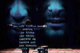 Valter Malosti in uno dei momenti più struggenti del monologo