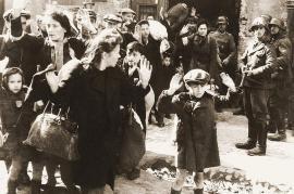 Nel ghetto di Varsavia (fonte Wikicommons)