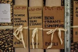 Faldoni degli archivi storici