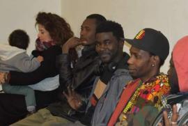 Alcuni membri di Africa1 durante una riunione