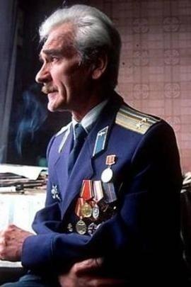 Stanislav Petrov premiato ben dopo il crollo dell'URSS