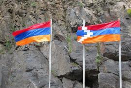 Le bandiere di Armenia e Nagorno Karabakh