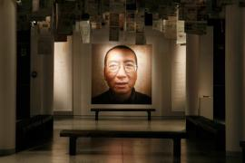 Un ritratto di Liu Xiaobo nel Nobel peace center di Oslo, il 10 dicembre 2010.