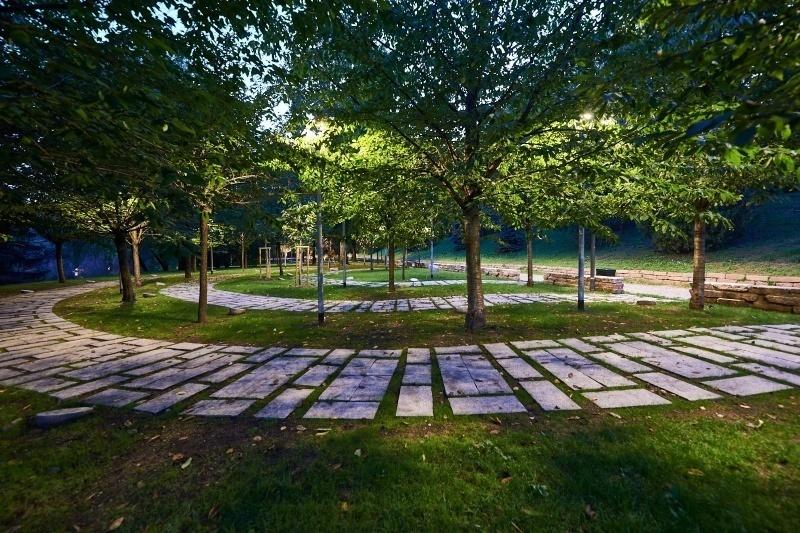 Un'immagine del Giardino dei Giusti di tutto il mondo di Milano