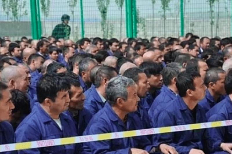 Campi di internamento per gli uiguri
