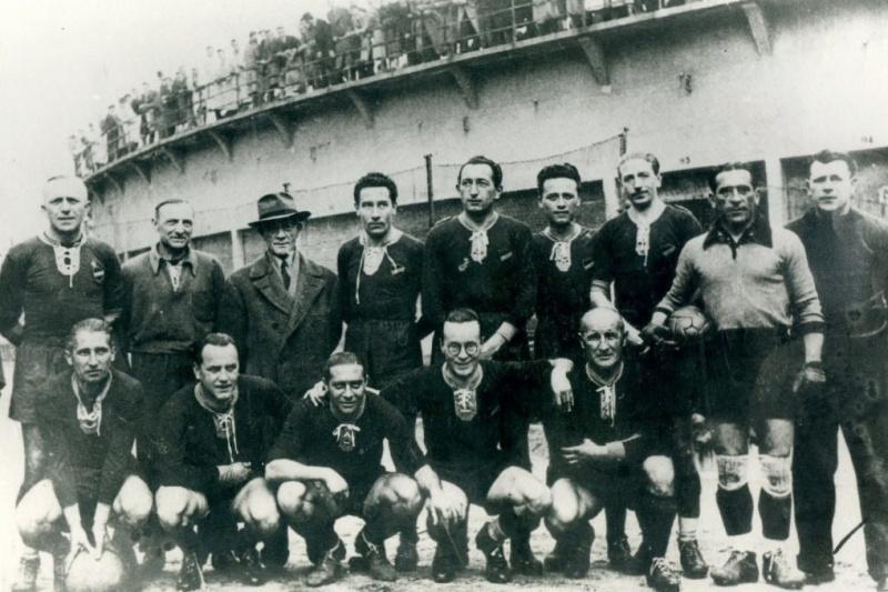 Ferdinando Valletti con la squadra