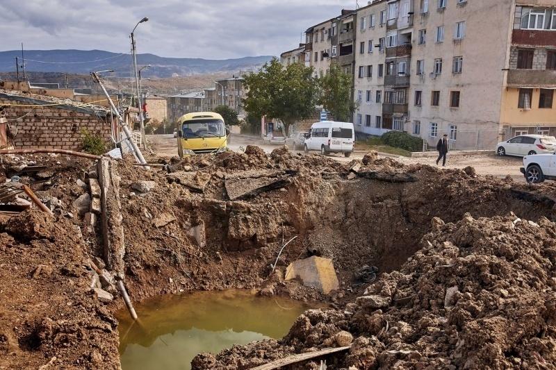 La città di Stepanakert bombardata (novembre 2020).