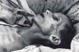 Bambino che muore di fame durante l'Holodomor (foto Wikicommons)