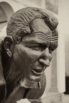 Statua dedicata a Gino Bartali (Foto di tetedelacourse)
