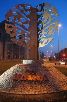 Lodz, Monumento a Solidarnosc (foto di HuBar)