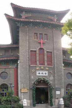Una chiesa cattolica in Cina (da flickr: utente ullrich.c)