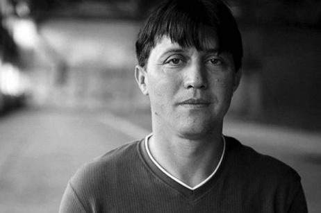 Storia di Hasan Hasanovic, sopravvissuto a Srebrenica
