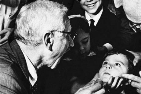 Sabin e il vaccino non brevettato contro la poliomielite