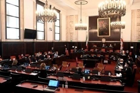 Milano, il Consiglio comunale approva le proposte di Gariwo al Parlamento sulla prevenzione dei genocidi