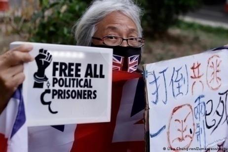 Hong Kong: vietata la commemorazione di Tienanmen, attivisti in carcere