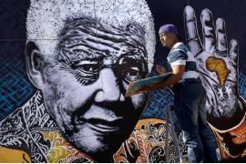 """Free Nelson Mandela"""