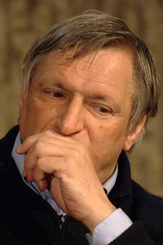 Il sacerdote fondatore di Libera don Luigi Ciotti (foto di Wikicommons)