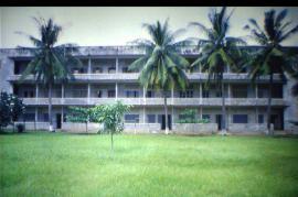 Il carcere di Tuol Sleng, letale strumento di repressione dei Khmer Rossi (foto di Diwall Store - Passioni d'Oriente)