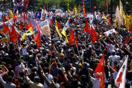Corteo del primo maggio in Turchia (foto di sontliki)