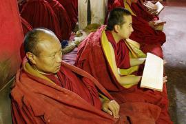 Monaci tibetani (foto di Colin Nisbet)