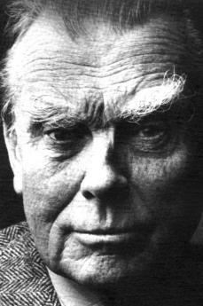 CSEO fece conoscere in Italia scrittori come Csezlaw Milosz, premio Nobel per la letteratura 1980