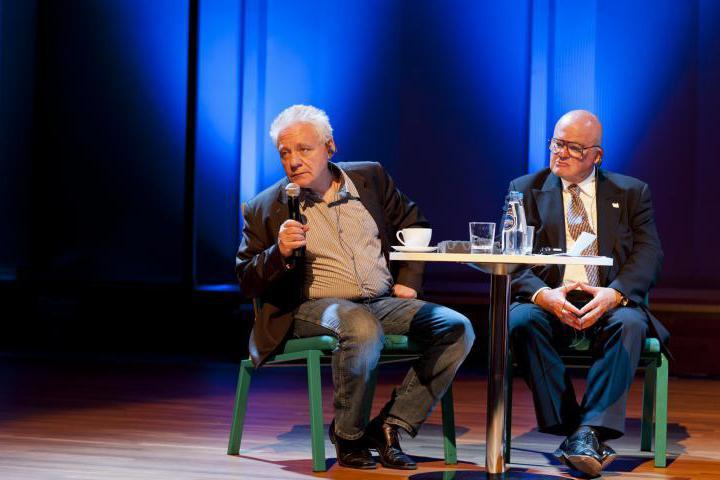 Il giornalista e poeta Tomasz Jastrun risponde al pubblico