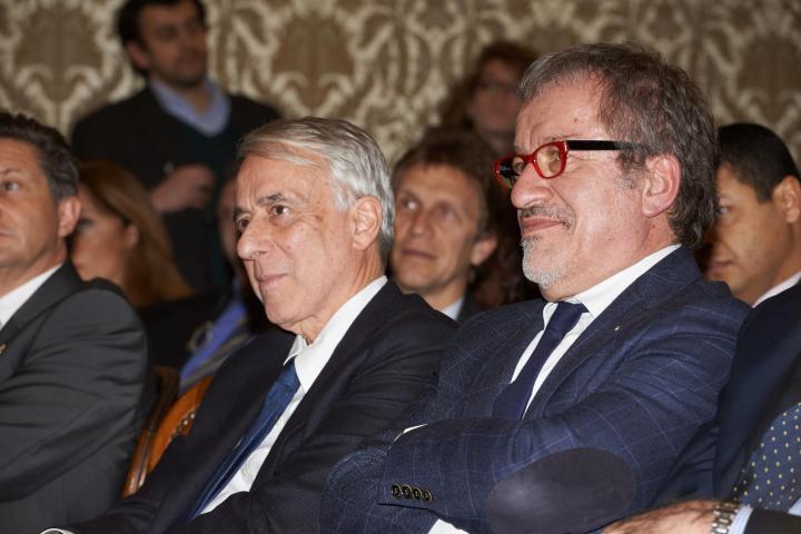 Giuliano Pisapia e Roberto Maroni