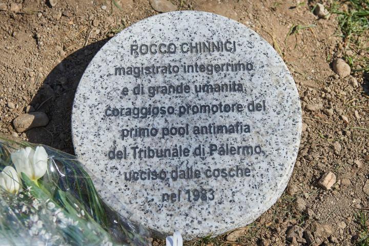 Il cippo dedicato a Rocco Chinnici
