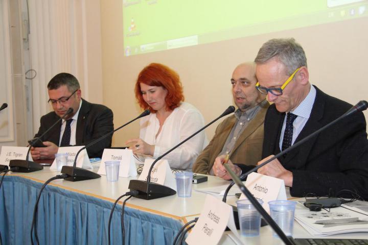 Cyril Svoboda, Tomas Kraus, Karel Schwarzenberg e J. E. Tigran Seiranian